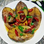 Món cá ngừ kho nước dừa
