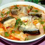 Cách nấu canh chua cá hồi ngon bổ dưỡng cho gia đình