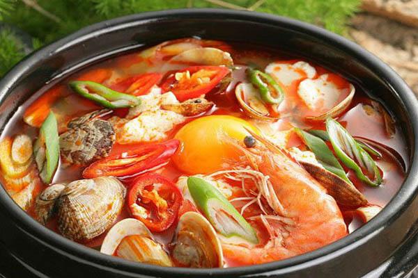nước lẩu hải sản chua cay