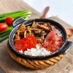 cơm niêu singapore